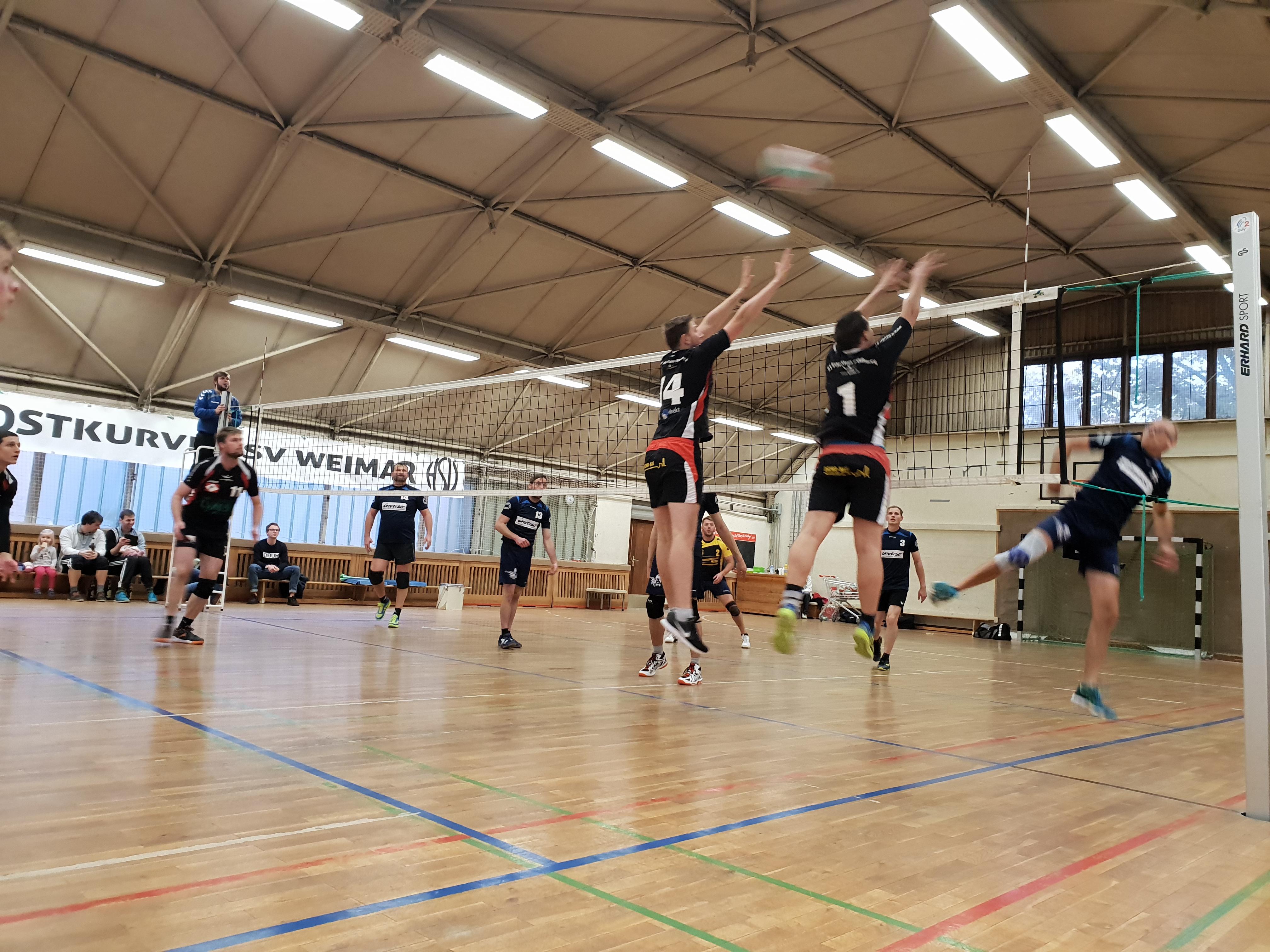 Bezirksliga Ost - Pöẞnecker Volleyballer mit erster Niederlage der Saison