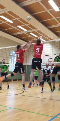 Bezirksliga Ost – Der Zeulenroda Krimi: Pößneck siegt im Spitzenspiel gegen Weimar II und baut Tabellenführung aus - 20191130_150041_22dfddd08fc0de6715aa231d6b8ff50c