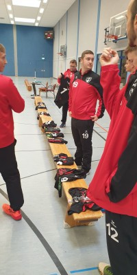 Da sind Parallelen: Pöẞnecker Volleyballer und die Bundestagswahl – oder: Erster Spieltag: Verbandsliga Nord startet für die Pöẞnecker Volleyballer mit einem Sieg - 20211002_094614_e08bbebc4c17dfbce273453998bc52ab