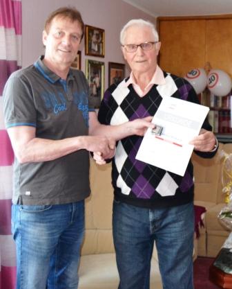 Manfred Merbach erhält Ehrennadel des Landessportbundes