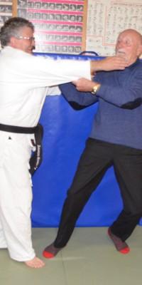 Pöẞnecker Judoka bekamen Besuch von einem Teilnehmer der ersten gesamtdeutschen Meisterschaften im Judo - DSC_5043_219830d6fec8073249e4973aef75cf9a