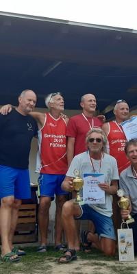 2x Bronze für die Pößnecker Gastgeber bei der stark besetzten Thüringer Seniorenmeisterschaft im Beachvolleyball in der Rosen-Arena - IMG-20190827-WA0040_348c2123408e37799b3193e7e798a0ae