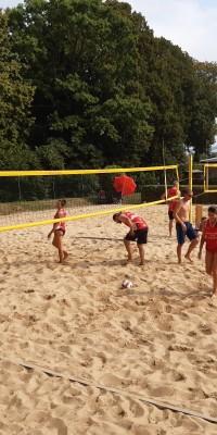 2x Bronze für die Pößnecker Gastgeber bei der stark besetzten Thüringer Seniorenmeisterschaft im Beachvolleyball in der Rosen-Arena - IMG-20190827-WA0082_d301e8a3694a9aeac86ea40bead748de