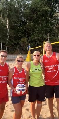 2x Bronze für die Pößnecker Gastgeber bei der stark besetzten Thüringer Seniorenmeisterschaft im Beachvolleyball in der Rosen-Arena - IMG-20190827-WA0114_e0dfda7b955ae0c4d2eda9b34fa7243c