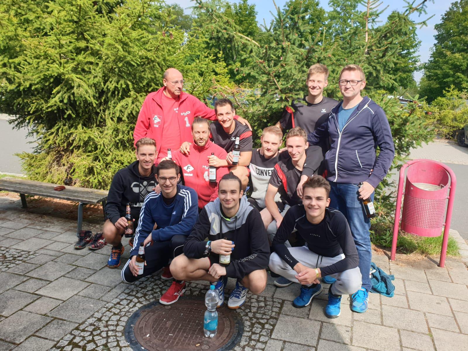 1.Pokalrunde – Pöẞnecker Volleyballer siegen erneut deutlich im Derby gegen Knau, ebenso überlegen gegen den VC Altenburg und ziehen somit in die 2. Pokalrunde des Thüringer Volleyball Verbandes ein