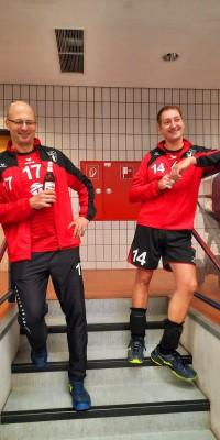 Da sind Parallelen: Pöẞnecker Volleyballer und die Bundestagswahl – oder: Erster Spieltag: Verbandsliga Nord startet für die Pöẞnecker Volleyballer mit einem Sieg - IMG-20211002-WA0005_fe6e54d3908a9a2497fe7b11b16dddc2