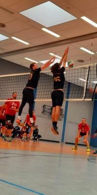 Da sind Parallelen: Pöẞnecker Volleyballer und die Bundestagswahl – oder: Erster Spieltag: Verbandsliga Nord startet für die Pöẞnecker Volleyballer mit einem Sieg - IMG-20211002-WA0006_389c4f387b06753b63ac8f8ad9263544