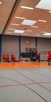 Da sind Parallelen: Pöẞnecker Volleyballer und die Bundestagswahl – oder: Erster Spieltag: Verbandsliga Nord startet für die Pöẞnecker Volleyballer mit einem Sieg - IMG-20211002-WA0012_fe52a74a263fff3a38cf589c52ba88f7