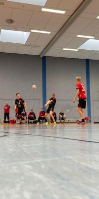 Da sind Parallelen: Pöẞnecker Volleyballer und die Bundestagswahl – oder: Erster Spieltag: Verbandsliga Nord startet für die Pöẞnecker Volleyballer mit einem Sieg - IMG-20211002-WA0030_37a1803a78bfd83e2f3595b8bafe5d85