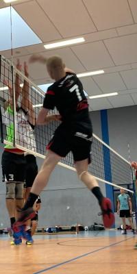 Da sind Parallelen: Pöẞnecker Volleyballer und die Bundestagswahl – oder: Erster Spieltag: Verbandsliga Nord startet für die Pöẞnecker Volleyballer mit einem Sieg - IMG-20211002-WA0032_924d0dd064f6723930d11d1de18ef4d6
