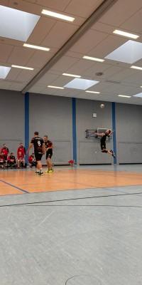 Da sind Parallelen: Pöẞnecker Volleyballer und die Bundestagswahl – oder: Erster Spieltag: Verbandsliga Nord startet für die Pöẞnecker Volleyballer mit einem Sieg - IMG-20211002-WA0034_4f2a561a19665b9464068dfa14098a21