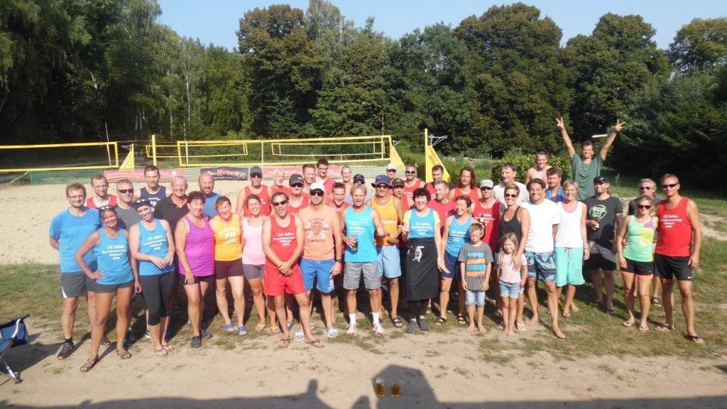 Gastgeber holen Gold, 2 x Silber und Bronze bei den Thüringer Seniorenmeisterschaften der Beacher in der  Rosen-Arena